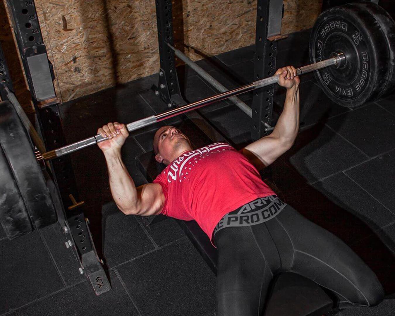 gogus-kasi-gelistirme-bench-press-firat-balkaya-training
